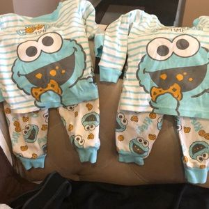 Adorable 2 piece pj set for twins!